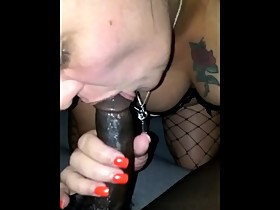 Wifey givin up the serious wet mouth worship......